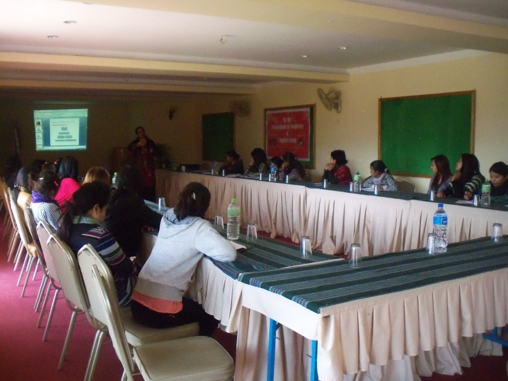 TB/HIV orientation program to volunteers and support groups